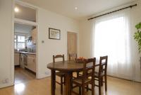 Two bedroom flat for rent Fulham Palace Road